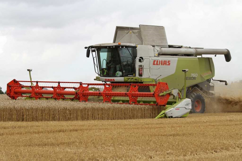Combine Harvestor Article Featured Image